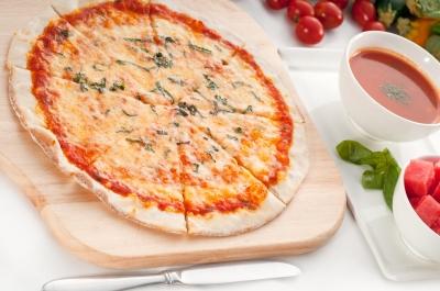 glutenfreie pizza rezepte zutaten wissenswertes. Black Bedroom Furniture Sets. Home Design Ideas